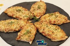 Pechu-pizzas Pechugas de pizza Ana Sevilla con Thermomix Deli Food, A Food, Good Food, Food And Drink, Yummy Food, Cooking Recipes, Healthy Recipes, Easy Food To Make, Fajitas