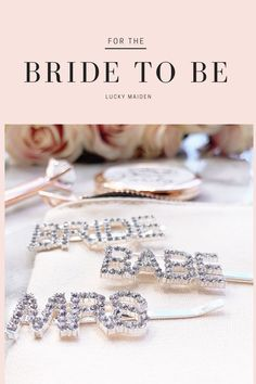 Home Interior Ideas These little pops of bling have so many uses and you can wear them to almost all of your bridal functions. Perfect for your bridal shower, engagement party and bachelorette party! Take a peek at the cutest bridal pins! Bridesmaid Gifts From Bride, Bridesmaid Tips, Will You Be My Bridesmaid Gifts, Bridesmaid Proposal Box, Bridesmaids And Groomsmen, Best Bridal Shower Gift, Beach Wedding Gifts, Wedding Hair Pins, Bride Getting Ready