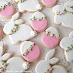 Cute cookies for my #tbt 🐰💗🐰#treatsandblossoms #cookies #decoratedcookies #sugarart #royalicing #pink #easter #easterbunny #bunny #eggs…
