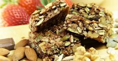 Chocolate Breakfast Bars With Peanut Butter Healthy Muesli Bar Recipe, Protein Bar Recipes, Healthy Snacks, Protein Bars, Healthy Protein, Breakfast Bars Healthy, Clean Eating Breakfast, Barre Muesli, Recipe Using Ginger