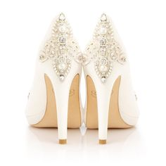 Beautifully embellished bridal shoes from Emmy
