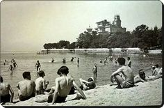 Caddebostan Plajı, 1930'lar Istanbul, Historical Pictures, Once Upon A Time, Dolores Park, History, Travel, Painting, Archive, Key