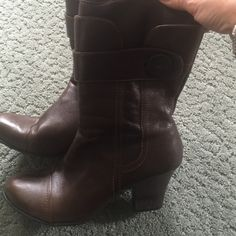 Boots great condition! Great short boots chocolate brown with a band and bottom around the top! Born Other