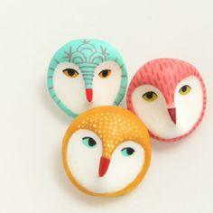 Cute little owl brooches from Danielle Pedersen on Etsy