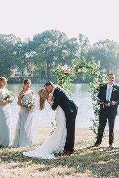 Outdoor wedding, blue bridesmaids dresses, waterfront wedding, maryland wedding