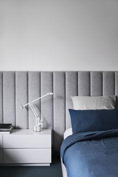 Azul denim e cinza: apartamento adota mistura à prova do tempo (Foto: Sharyn Cairns/Divulgação)