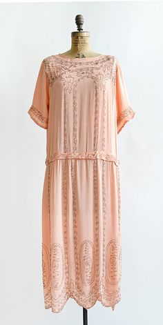 LA BELLE FEMME DRESS   vintage 1920s pink beaded silk flapper dress #1920s #20svintage
