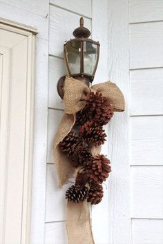 Burlap Bow & Pine Cones- 20 Creative DIY Project With Burlap | DIY to Make