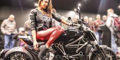 Inizia il Motor Bike Expo 2018, la grande fiera moto di Verona che si consacra come la più importante esposizione mondiale del custom, con oltre 160.000 visitatori. La cifra della fiera moto di Verona è certamente il Customche raduna appassionati, brand e preparatori da tutto il mondo. Negli oltre 20.000 mq di esposizione dedicati a questo
