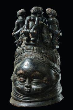 """Máscara de casco """"sowei"""" - Sierra Leona, Mende"""