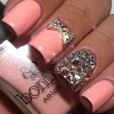 glitter nail with accessories