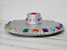 Make a Paper Plate Flying Saucer | Community Post: 25 Paper Plate Crafts Kids Can Make