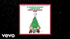 """Xmas Selection N.1 Tratto d'album """"A Charlie Brown Christmas"""", Christmas Is Coming è assolutamente la mia preferita in questo bouquet jazz registrato nel 1965 dal musicista americano Vince Guaraldi. Questo disco è la colonna sonora del celebre, e più volte proposto anche dalla nostra televisione, speciale episodio natalizio dei Peanuts. Buongiorno!"""