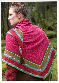 """""""Gry"""" shawl in eco-cotton – Norway – GUDRUN SJÖDÉN – Webshop, mail order and boutiques   Colourful clothes and home textiles in natural materials."""