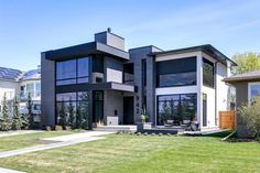 New Homes For Sale, Property For Sale, Porcelanosa Tiles, Motorized Blinds, Real Estate Buyers, Island With Seating, Floor To Ceiling Windows, City Living, Modern Luxury