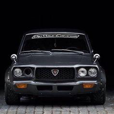 Old School Perfection // Phil Sohn's Mazda Mazda Cars, Jdm Cars, Mazda Mx, Classic Japanese Cars, Classic Cars, Audi, Bmw, Old School Cars, Japan Cars