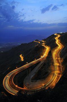 Al Hada Road  by Almalki Abdulrahman