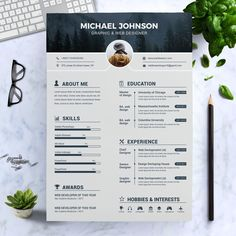 Ways To Make Extra Money Discover Modern Resume Template / CV Template Cover Letter Graphic Designer Resume Template, Graphic Design Resume, Teacher Resume Template, Modern Resume Template, Cv Design Template, Design Design, Creative Design, Creative Cv Template, Resume Template Free