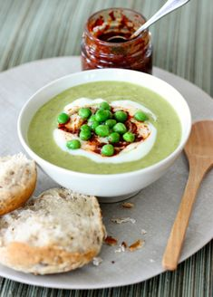 Green Pea and Courgette Soup – and it's all about the presentation … | marmaladeandme.com
