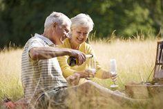 Beber junto pode ser o segredo para um casamento duradouro, diz estudo