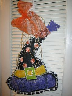 Super Cute witches hat door hanger!!                  #halloween #witch