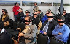 """Notitur.: Lanzan en Uruguay una app turística para ciegos Relato georreferenciado para smartphones y tabletas. Aplicación """"Acompasados Piriápolis Accesible"""" tendrá próximamente versión para sordos."""