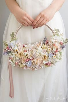 Hoop Bouquets A Beautiful Bouquet Alternative OneFabDay com is part of Alternative bouquet - We've rounded up 20 gorgeous hoop bouquets for brides and bridesmaids that will have you rethinking the traditional bridal bouquet Brooch Bouquets, Bride Bouquets, Floral Bouquets, Alternative Bouquet, Alternative Wedding, Rosa Rose, Flower Girl Basket, Flower Girls, Bridal Flowers