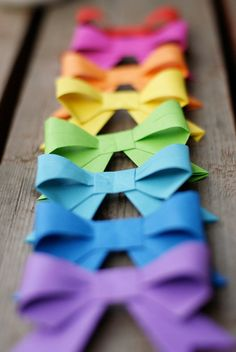 Adorable origami bows from My Bohemian Sunner Etsy shop!