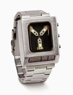Galaxy Fantasy: Reloj condensador de fluzo una divertida forma de Regresar al Futuro