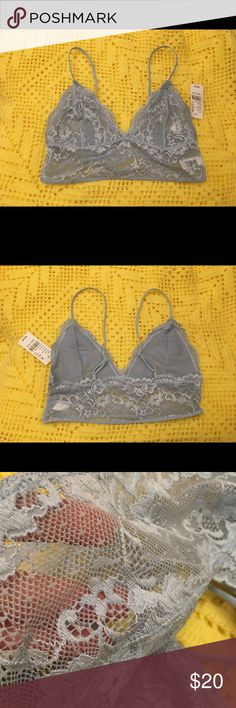 Pacsun Bralette NWT / Baby blue bralette with adjustable straps / Perfect condition / Beautiful flower detailing / The last picture shows the exact color PacSun Intimates & Sleepwear Bras