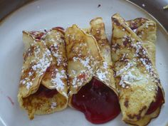 The best gluten free crepes in the world!   1/2 c ricotta cheese  4 eggs  2 tsp cinnamon  1 tsp sugar  Fruit filling of choice  Mix and pour into heated pan  Cook and flip until done (1 min per side)   Fill with fruit and enjoy!  They are so light and delicious!