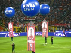 show Formazioni di Nivea Men in occasione di Milan vs Napoli a Sansiro 2013 #thisiswhite #strategicemotions