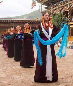 Join: Instagram.com/TibetanPortraits  Location: Rebgong, Amdo, TIBET  #MissTIBET #MissTibet2017