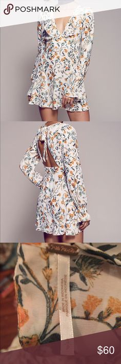 Free people smooth operator floral mini dress Beautiful and light weight dress from free people in excellent condition. No holes, stains or snags. Free People Dresses Long Sleeve