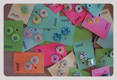Kartičky na šperky   Návody na tvorbu šperků z polymerové hmoty   O polymerové hmotě   Užitečné odkazy, tipy a triky   Polymerová hmota, kurzy fimo, eshop – Nemravka