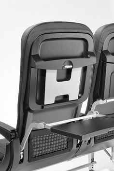 DesignApplause   Basic line 3520 economy class seat. Recaro aircraft.