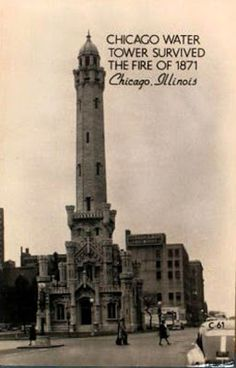 Chicago Water Tower - Still stands today. Survived the Chicago Fire on October Chicago Fire, Chicago Illinois, Chicago Bears, Old Pictures, Old Photos, Vintage Pictures, Chicago Water Tower, Willis Tower, Viajes