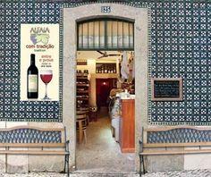 Garrafeira Alfaia, Lisbon