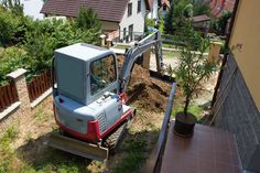 HIREtrades promotes the expertise of best mini excavator operators and earth moving contractors across Australia guaranteeing convenience. Perth, Brisbane, Melbourne, Toilet Repair, Plumbing Emergency, Mini Excavator, Pipes, Pipes And Bongs, Trumpets