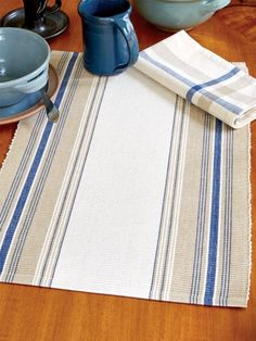French Stripe Placemats, Set of 4 – Marjorie Janes – weberei Weaving Textiles, Weaving Patterns, Loom Weaving, Hand Weaving, Embroidered Lace Fabric, Tea Towels, Dish Towels, Hand Towels, Weaving Projects