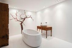 Installation of ORBITAL in a design environment. Bathroom. — in Arkoslight.