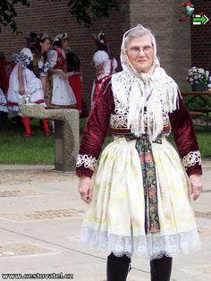 Iowa: Folk costumes