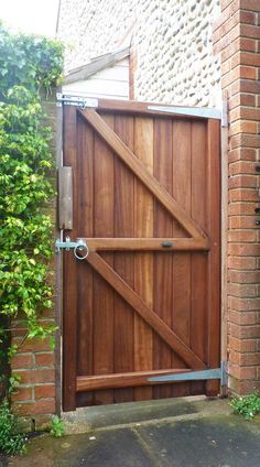 Genial Garden Gates And Side Gates   Handcrafted In The UK To Any Width Or Height  Using