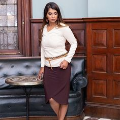 Update your winter closet with the Dorthy top,offering a versatile style.Featuring a V-neck and long sleeves.This item is easy to mix and match. Ultimate Travel, Mix N Match, Comfy, V Neck, Winter, Skirts, Easy, Sleeves, How To Wear