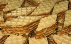 Prajitura cu foi de napolitana de post  Reteta prajitura cu foi de napolitana de post Vegan Cake, Holidays And Events, Nutella, Bakery, Deserts, Good Food, Food And Drink, Sweets, Bread