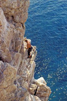 Climbing | Capo Noli, Savona, Liguria #brickscape #turismoesperienziale www.brickscape.it