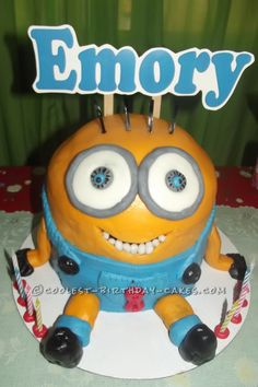 Cool Minions Birthday Cake... Coolest Birthday Cake Ideas