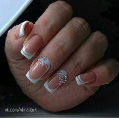 french nails with rhinestones Gems Xmas Nail Designs, French Nail Designs, Nail Designs Spring, Nail Art Designs, Pink Nail Art, Cute Acrylic Nails, Cute Nails, Pretty Nails, Bride Nails