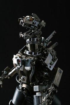 Monster, a metal sculpture by Daisuke Shimodaira.