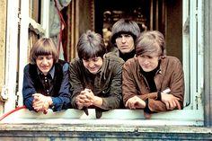 ザ・ビートルズのライヴ映像による映画『THE BEATLES LIVE(仮題)』が2016年秋に公開されることが決定した。...